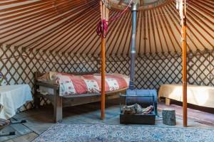 binnen zijde yurt